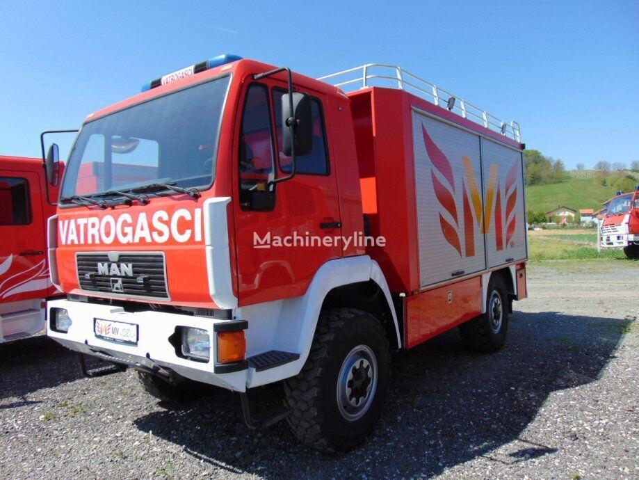 MAN 4X4  10.224 VATROGASNO  VOZILO, 2000 god Feuerwehrauto