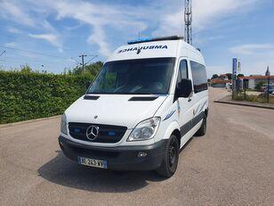 MERCEDES-BENZ SPRINTER 216 CDI Rettungswagen